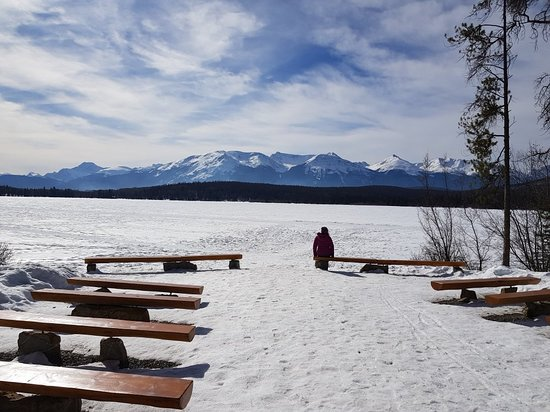 Pyramid and Patricia Lakes: En invierno