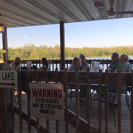 Mountain Grove, MO: Beaver Creek Paylake & Fish Fry