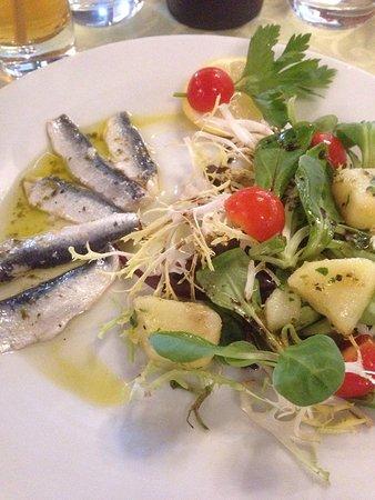 Chaufour-les-Bonnieres, Frankrig: Entrée du menu sardines