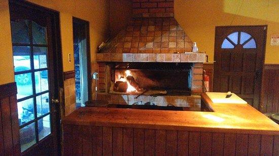 Parrilla Don Jorge: grill inside