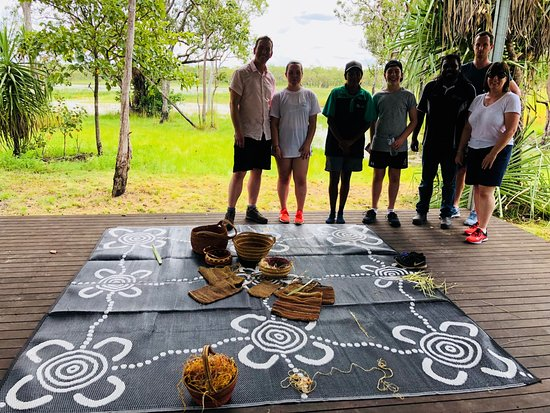 Pudakul Aboriginal Cultural Tours : On the decking