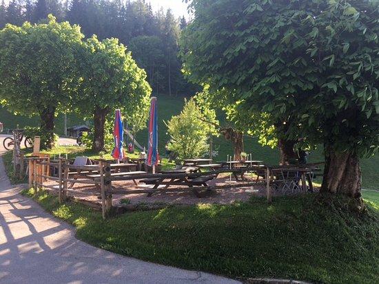 Biergarten Am Spielplatz Bild Von Gasthof Vorderbrand Schonau Am Konigssee Tripadvisor