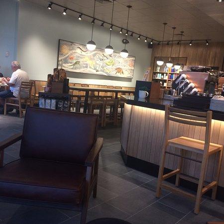 Roseland, NJ: Starbucks
