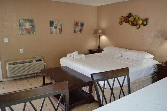 Interior - Picture of All Worlds Resorts, Palm Springs - Tripadvisor