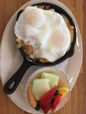 Hunt Valley, MD: Breakfast mac and cheese with two eggs as topper. Fruit was excellent.