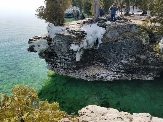 Egg Harbor, WI: Our favorite spot in Door County - Cave Point County Park