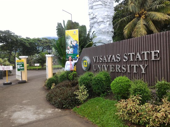 Baybay, Filipiny: Green campus university
