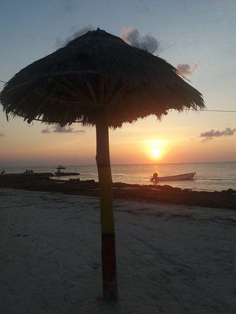 Villas HM Paraiso del Mar: beach sunsets