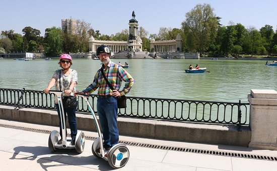 Madrid Pour Vous |  walking, bike & segway tours