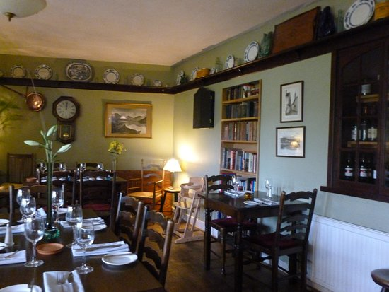 Near Sawrey, UK: downstairs dining room