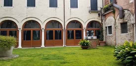 Centro Culturale Don Orione Artigianelli صورة فوتوغرافية
