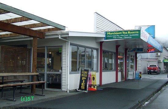 Murchison, Yeni Zelanda: Hot pies sign