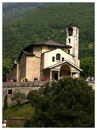 Dongo, Italie : the church