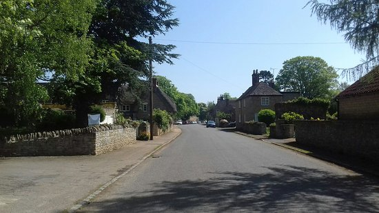 The beautiful village of Fotheringhay....no one in sight!!