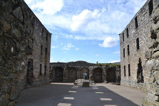 Ruthven Barracks: Interior Courtyard