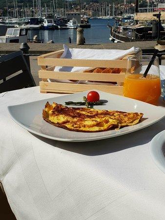 Morski Val: Delicious breakfast