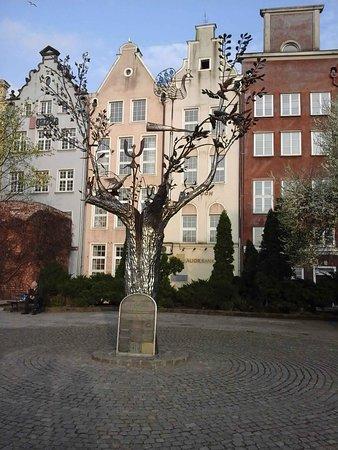 Drzewo Millennium (Дерево тысячелетия)