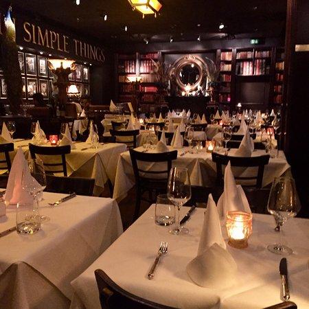 ivory club frankfurt am main westend s d restaurant bewertungen telefonnummer fotos. Black Bedroom Furniture Sets. Home Design Ideas