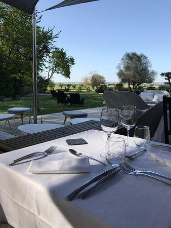 Terrasse exterieure - Bild von Restaurant le Pavillon du ...