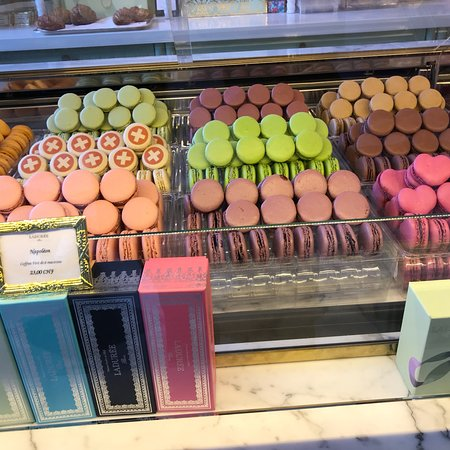 Zdjęcie Chocolate Flavours Tours Geneva: 3-hour Chocolate Tasting and Old Town Visit
