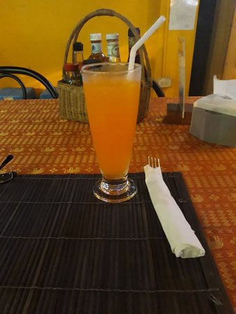 Rosco's Restaurant & Sports Bar : Апельсиновый сок