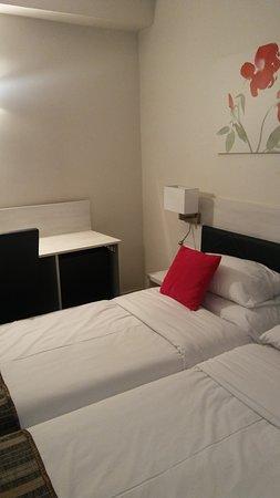 Hotel Diana: habitación con dos camas individuales