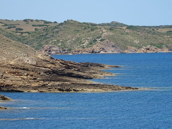Mercadal, Spain: Mola de Fornells;walk to isolated beaches