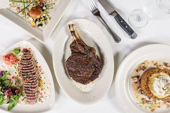 Mahogany Prime Steakhouse: Decisions, decisions...