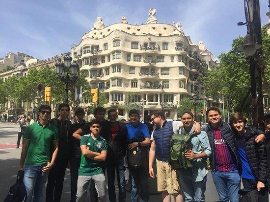 Tour por barcelona picture of barcelona private tour guide.