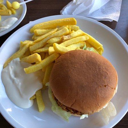 Prum, Germany: Crispy Chickenburger