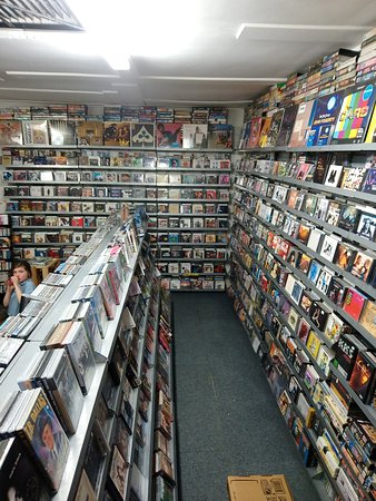 Ben O'Neill Music Shop and Art Gallery: Massive Cd selection, all Genres including local artists