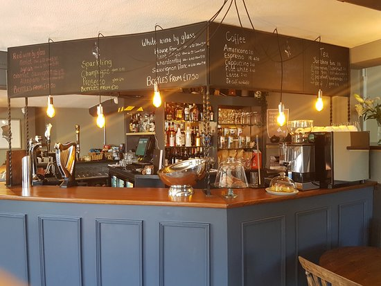 Westbury on Severn, UK: The bar