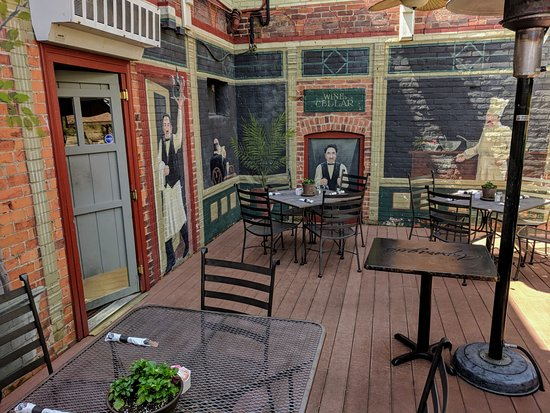 Grand Rapids, OH: Outdoor Patio 2