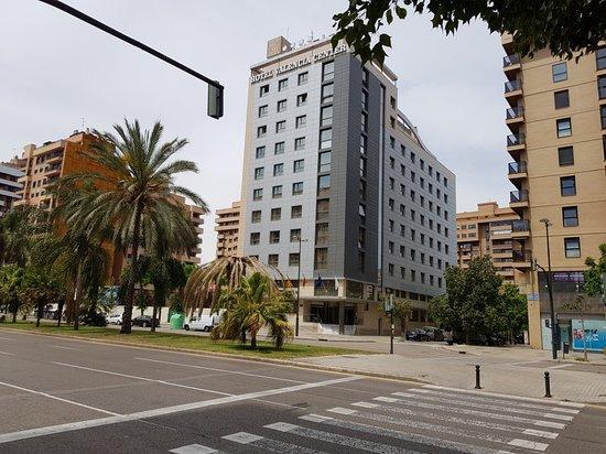 Valencia Center Hotel: 20180506_144141_large.jpg