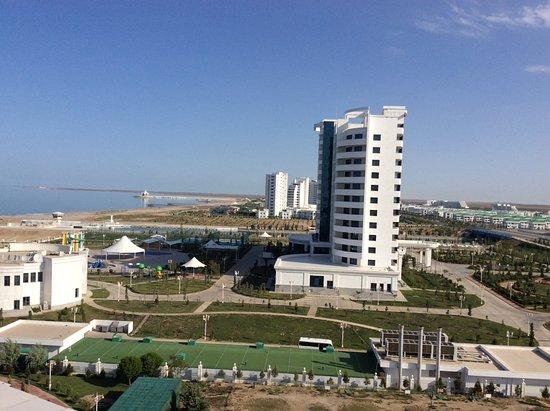 Turkmenbashi, تركمانستان: View from Deniz hotel, Awaza