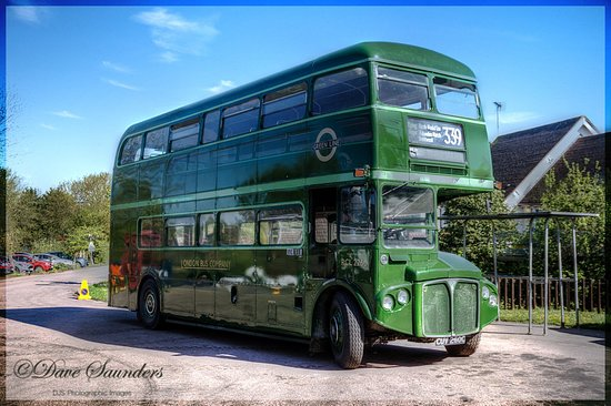 Chipping Ongar, UK: Old route master