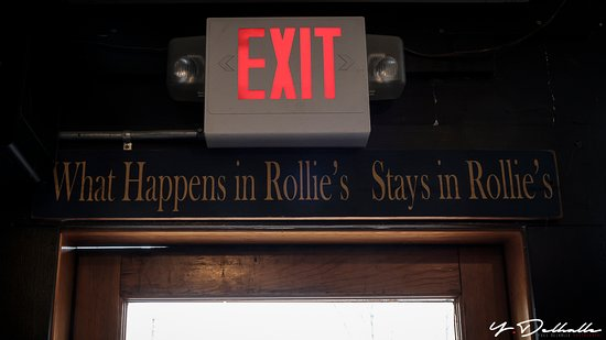 Rollie's Bar and Grill: What Happens in Rollie's Stays un Rollie's