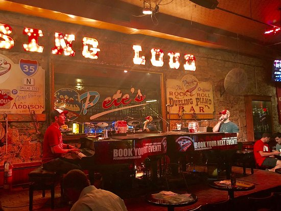 ‪Pete's Dueling Piano Bar‬