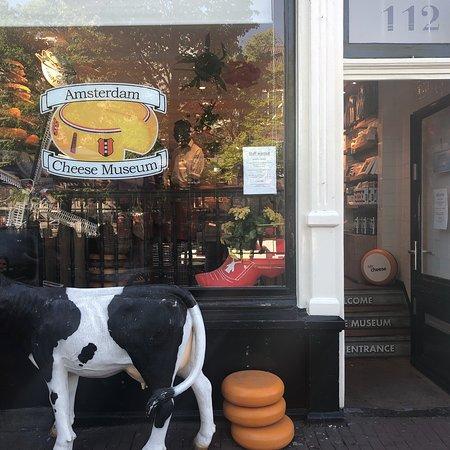 Amsterdam Cheese Museum: photo1.jpg