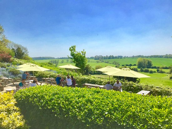 Thurnby, UK: Pub garden views don't come much better than this!