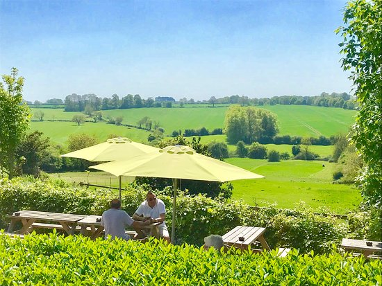 Thurnby, UK: Rose & Crown view from the garden! Stunning!
