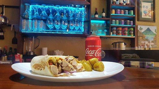 Santiago Atitlan, กัวเตมาลา: Burrito Fusion