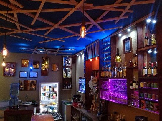 Santiago Atitlan, กัวเตมาลา: Germinacion Bar