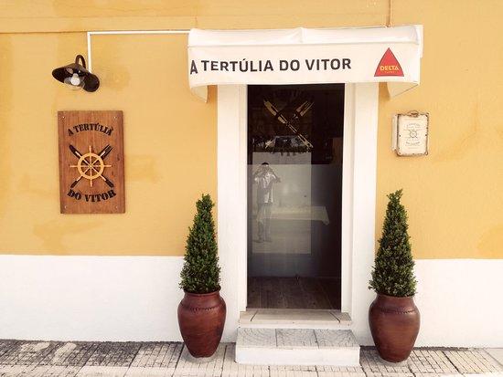 A Tertulia do Vitor: Frente do restaurante