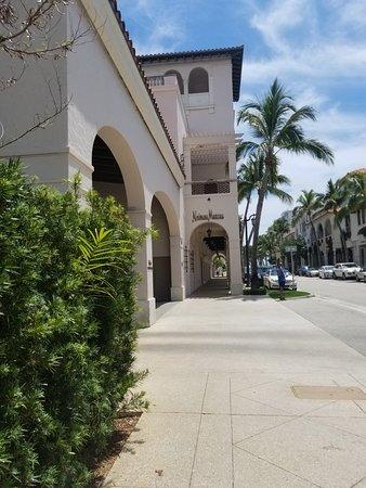 Best Restaurants On Worth Avenue Palm Beach