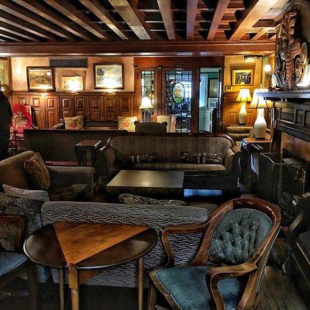 Tabard Inn: photo2.jpg
