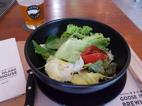 Goose Island Brewhouse: Salada do Prato Executivo