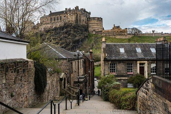 Photo Tours Edinburgh: The Vennel