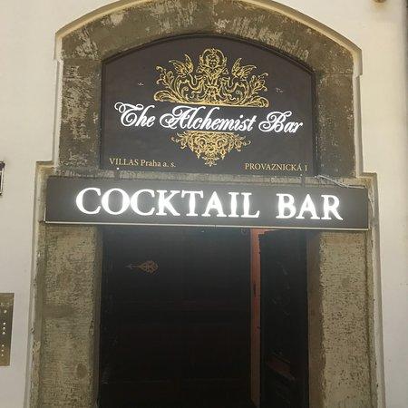 写真The Alchemist Bar枚