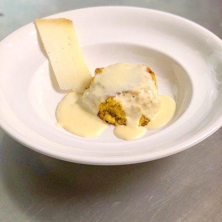 Gracciano, Itália: Sformatino di verdure con crema di formaggi!